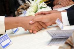 Hukum akad nikah tanpa dihadiri calon pengantin perempuannya dimajlis akad nikah