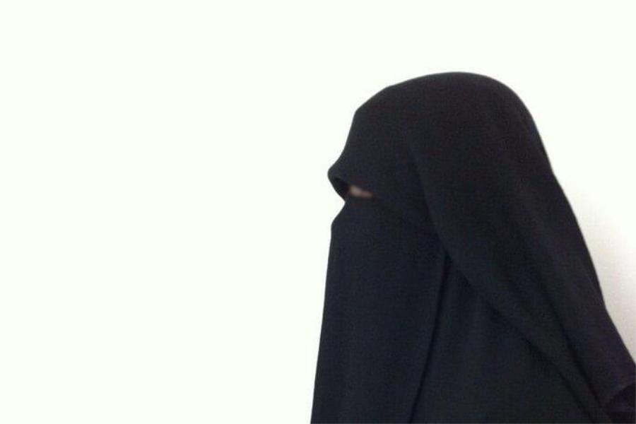 Aurat Wanita Muslimah di Hadapan Wanita Kafir