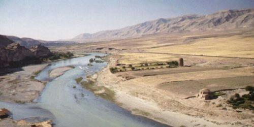 Muncul sungai-sungai baru di sekitar Mekkah dan Madinah. Apakah benar beritanya dan bagaimana kita menyikapinya berkaitan dengan kabar ....