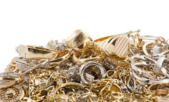Emas Atau Perak yang Ada Pada Anak Yatim