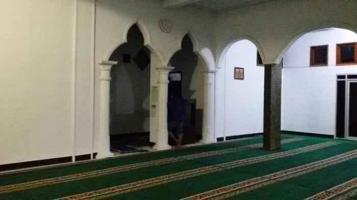 tertinggal shalat berjamaah di masjid bolehkah berjamaah di rumah