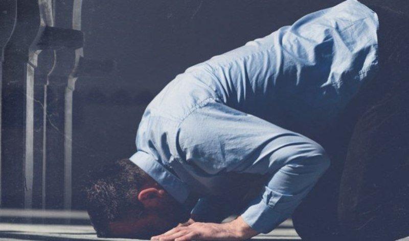 Beda Pendapat Hukum Berdoa Dengan Selain Bahasa Arab Ketika Shalat - bimbinganislam.com