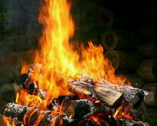 Jangan Engkau Bakar Dirimu Sendiri Dengan Api Ke-Aku-an - bimbinganislam.com