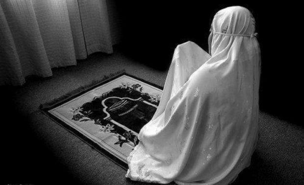 Apa Hukum Wanita Shalat Berjamaah?