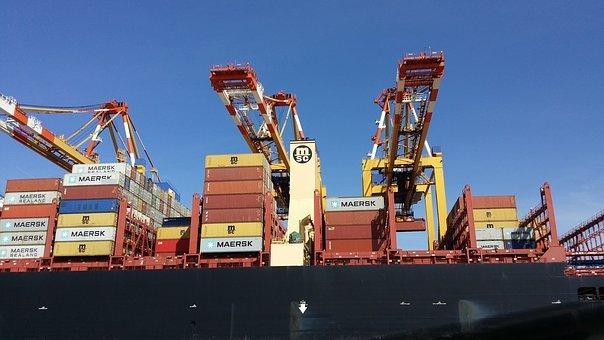 Bagaimana Hukumnya Bekerja Di Perusahaan Logistic yang Mengirimkan Barang Haram?