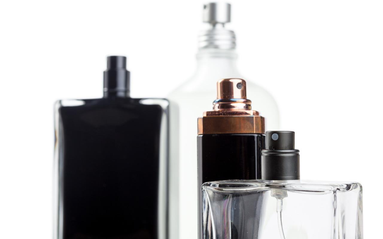 Hukum Pakai Parfum Mengandung Alkohol bimbingan islam