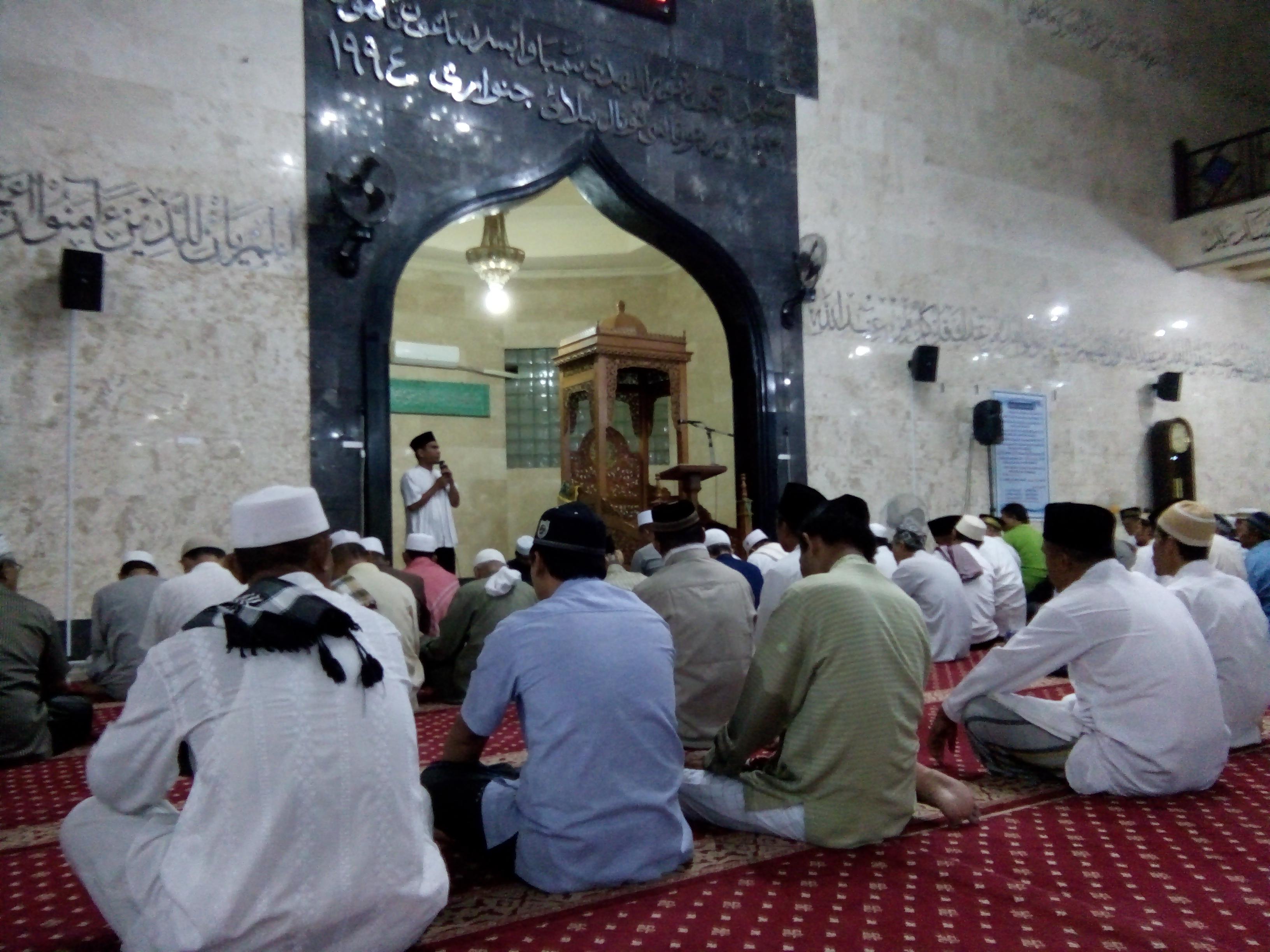 Sholat Subuh yang Kesiangan dan Sholat Tahiyatul Masjid