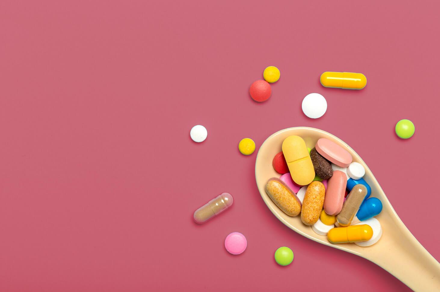 Hukum Konsumsi Obat Penunda Haid dan Obat Pelangsing