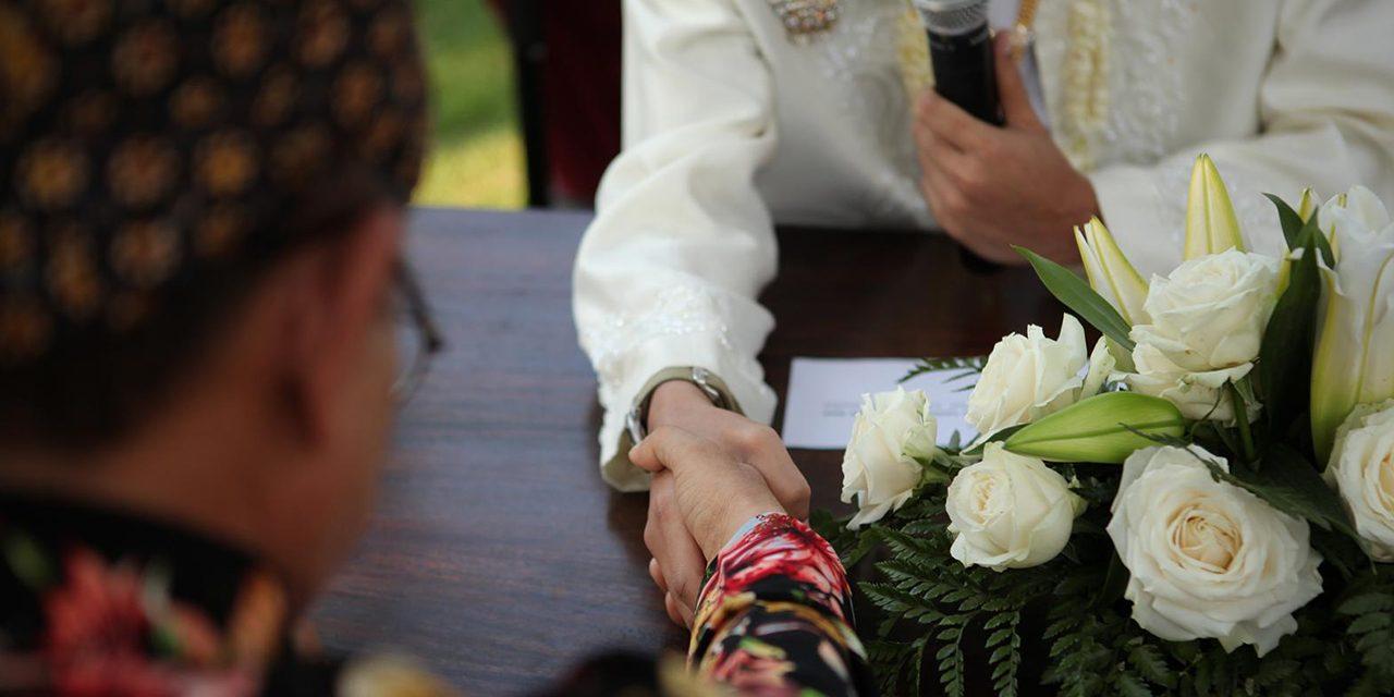 Baru Tahu Dahulu Menikah Dengan Wali dari Pihak Ibu, Apakah Harus Nikah Ulang bimbingan islam
