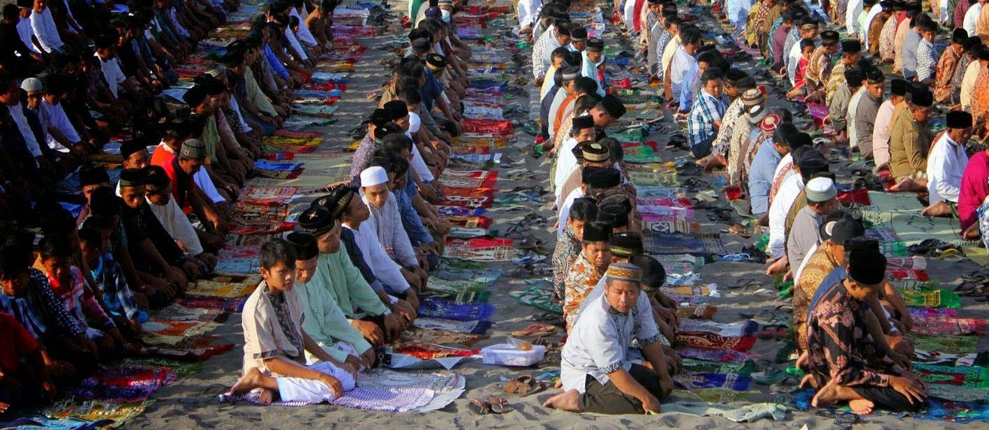 Bagaimana Cara Agar Tetap Khusyu Dalam Shalat bimbingan islam