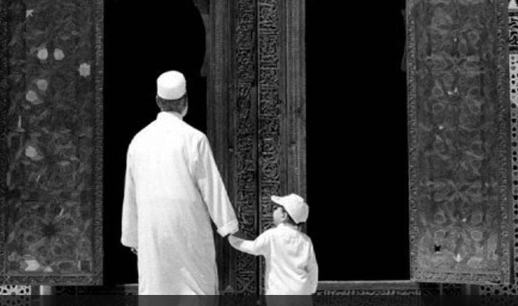 Cara Lembut dan Hikmah Menasehati Orang Tua bimbingan islam