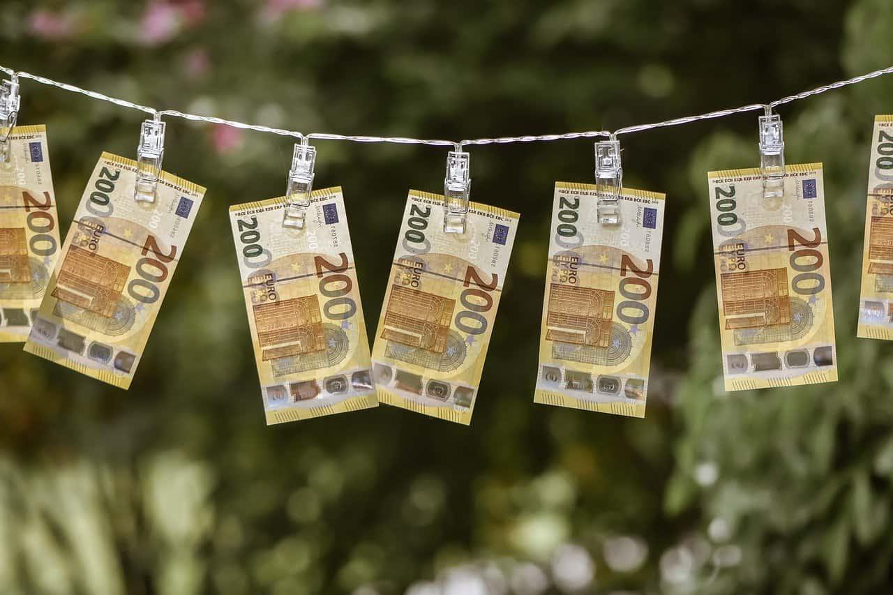 Hukum Memakai Uang Titipan Namun Dengan Niat Akan Dikembalikan?