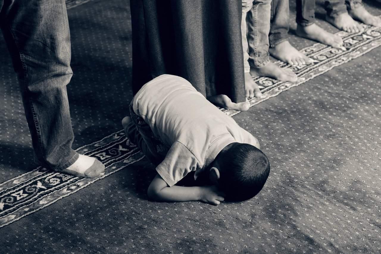 Pengaruh Keshalihan Orang Tua pada Anak bimbingan islam (1)