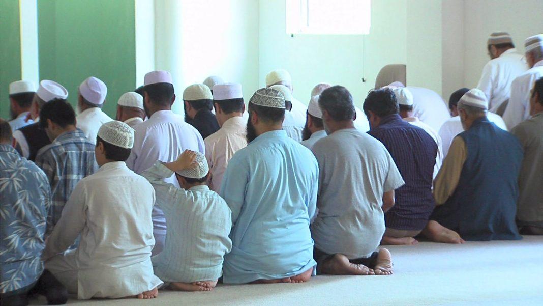 Was Was dan Keraguan Saat Sholat bimbingan islam