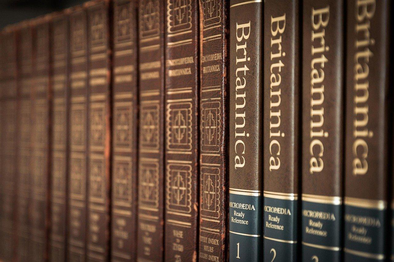 Bolehkah Membaca Buku Umum yang Ditulis Oleh Orang Kafir bimbingan islam