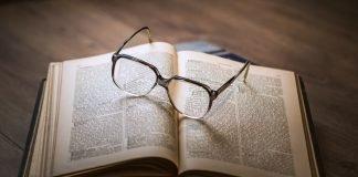 Bolehkah Membaca Kitab Taurat atau Kitab Agama Lain Untuk Sekedar Ingin Tahu bimbingan islam