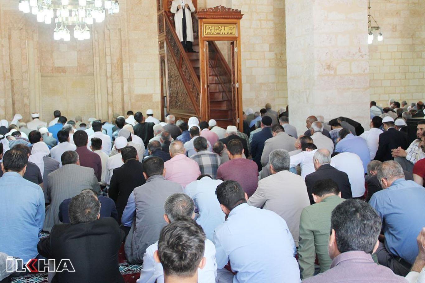 Hukum Khutbah Dua Kali Pada Sholat Ied bimbingan islam