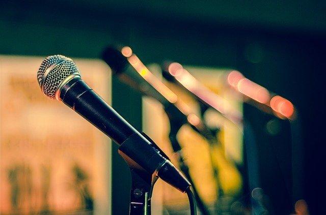 Bolehkah Membantu Persiapan Acara Kerabat, Namun Ada Ikhtilat dan Musik bimbingan islam