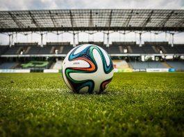 Bolehkah Wanita Bermain Bola Bersama Laki-laki bimbingan islam