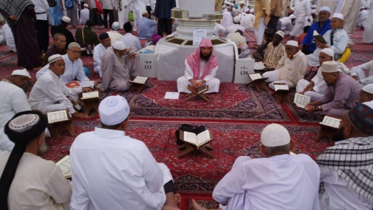 5 Adab Istimewa Terhadap Guru bimbingan islam