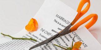 Talak Kiasan Setelah Menuduh Istri Selingkuh bimbingan islam