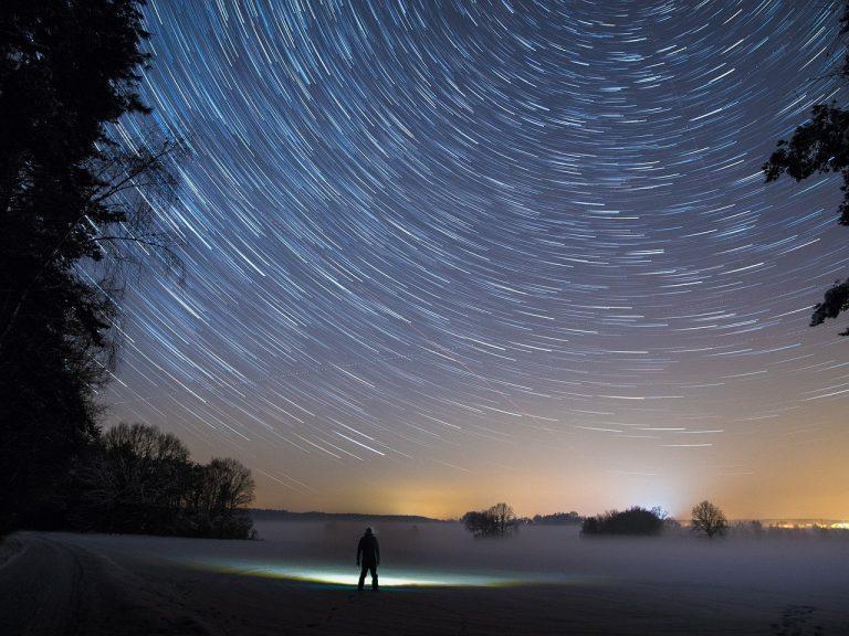 Hadits-Hadits Tentang Sholat Lima Waktu : Tiga Anugrah Allah di Waktu Mi'roj