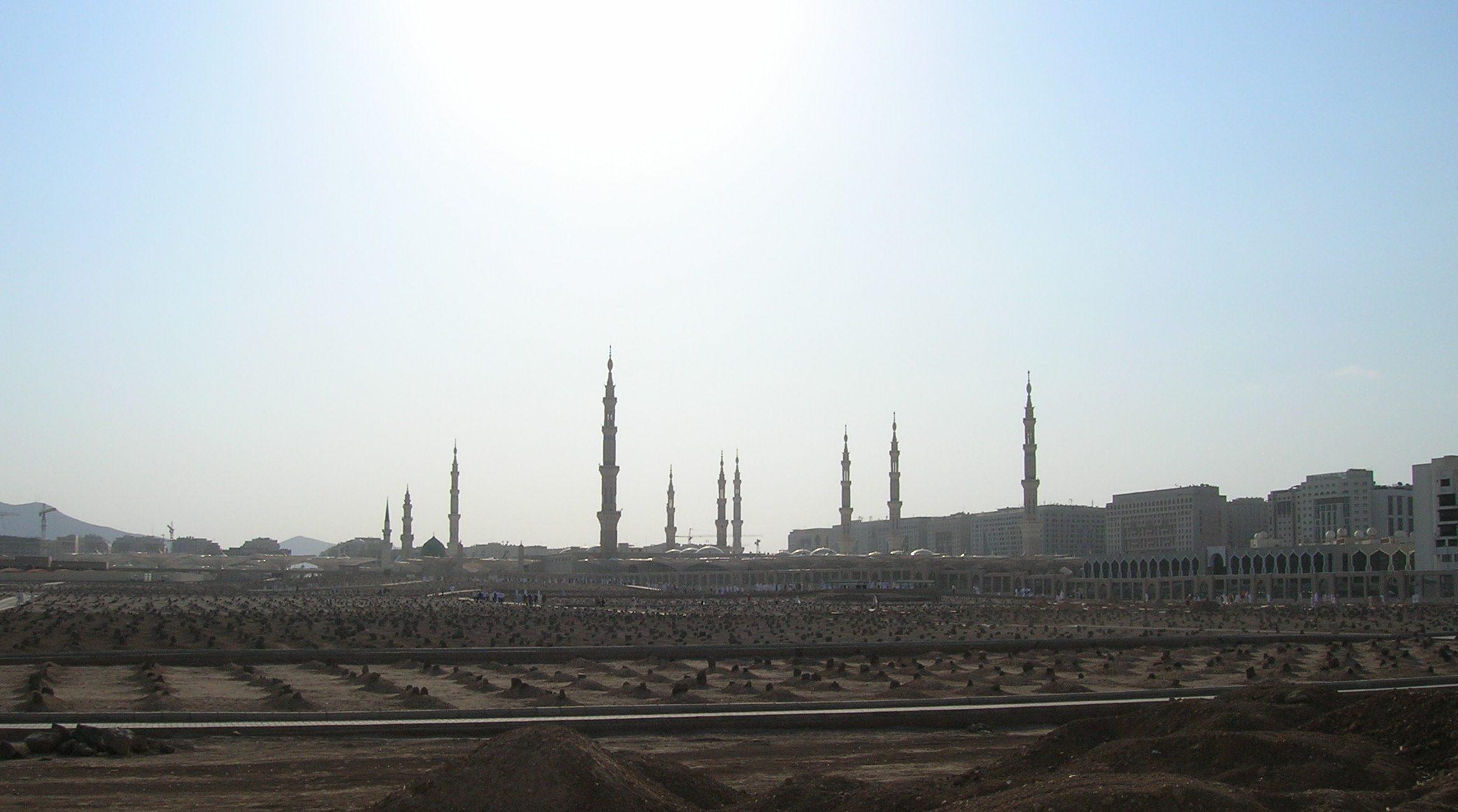 Hukum Memindahkan Kuburan Karena Kebutuhan bimbingan islam