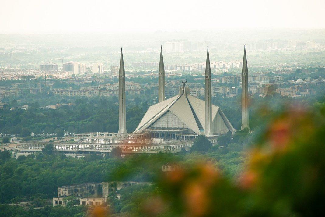Khutbah Jumat Iman dan Takwa, Kunci Semua Keadaanbimbingan islam