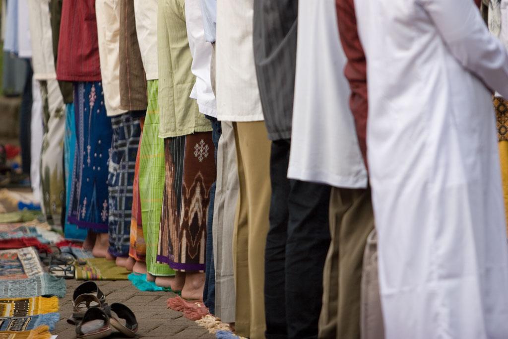Memisahkan Diri dari Jamaah Ketika Imam Tidak Thuma'ninah bimbingan islam